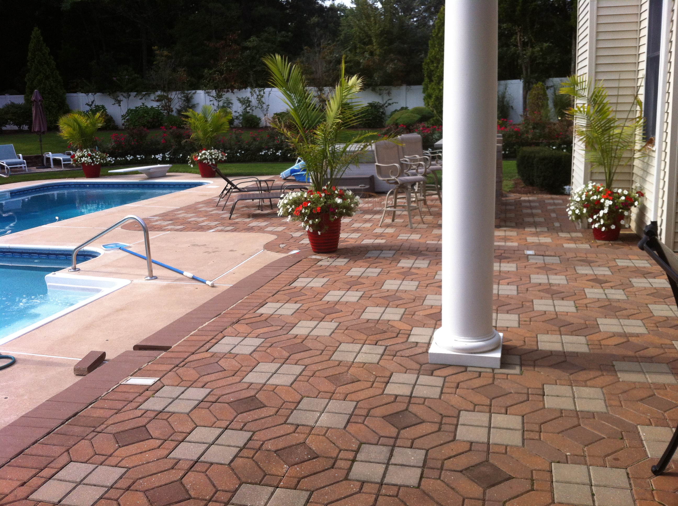 Pool deck pool pavers madison wi marvins brick for Best pavers for pool deck