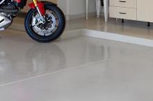 Solid-Color-Epoxy-Floor_4